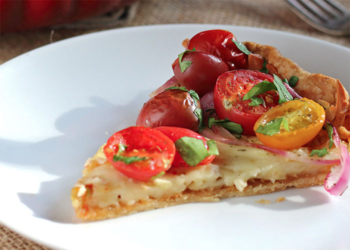 tomato zucchini red onion tart